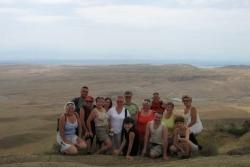 Dzień 4. Nasza grupa z Azerbejdżanem w tle.