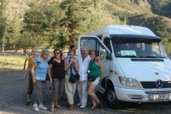Avto z Anią i turystami