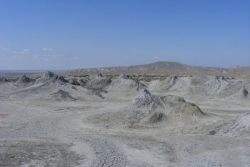 Dzień 10. Krajobraz księżycowy w Gobustan